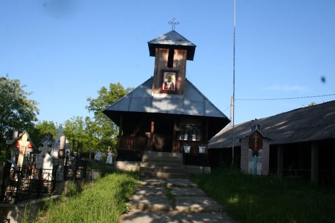 Biserica din... Dealul Bisericii